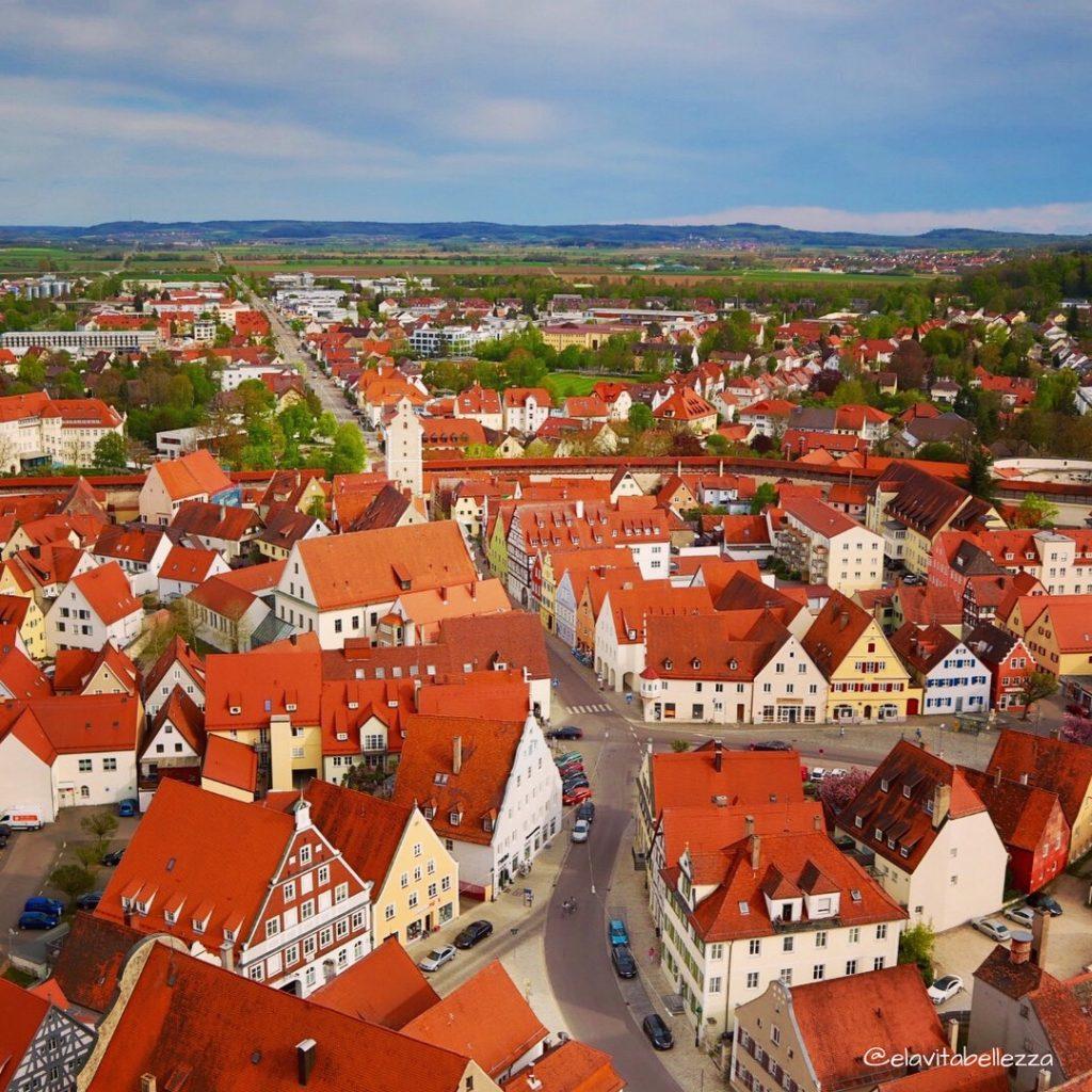 Sopra i tetti di Nordlingen