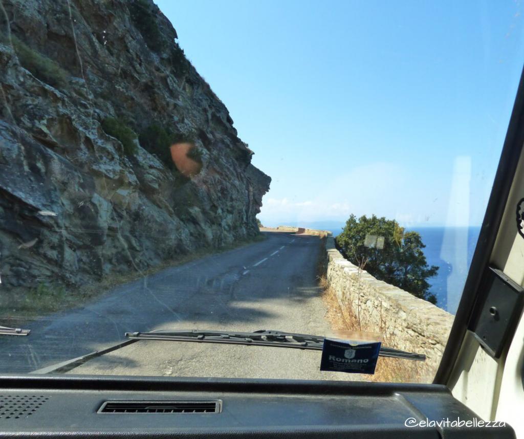 Strada Cap Corse Centuri