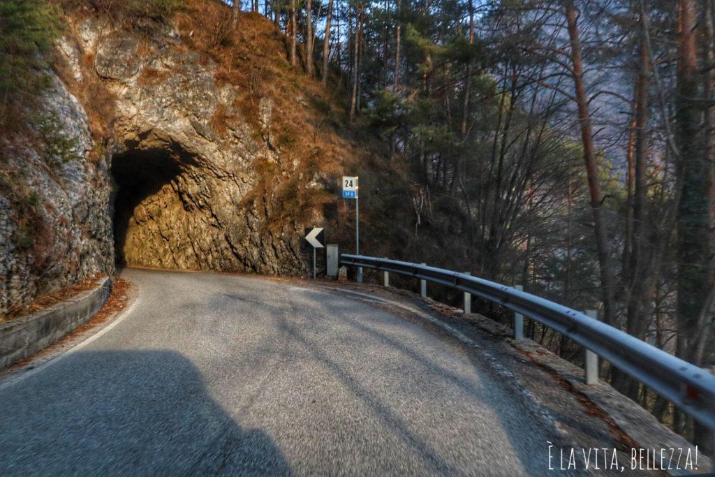 La strada che porta in Valvestino