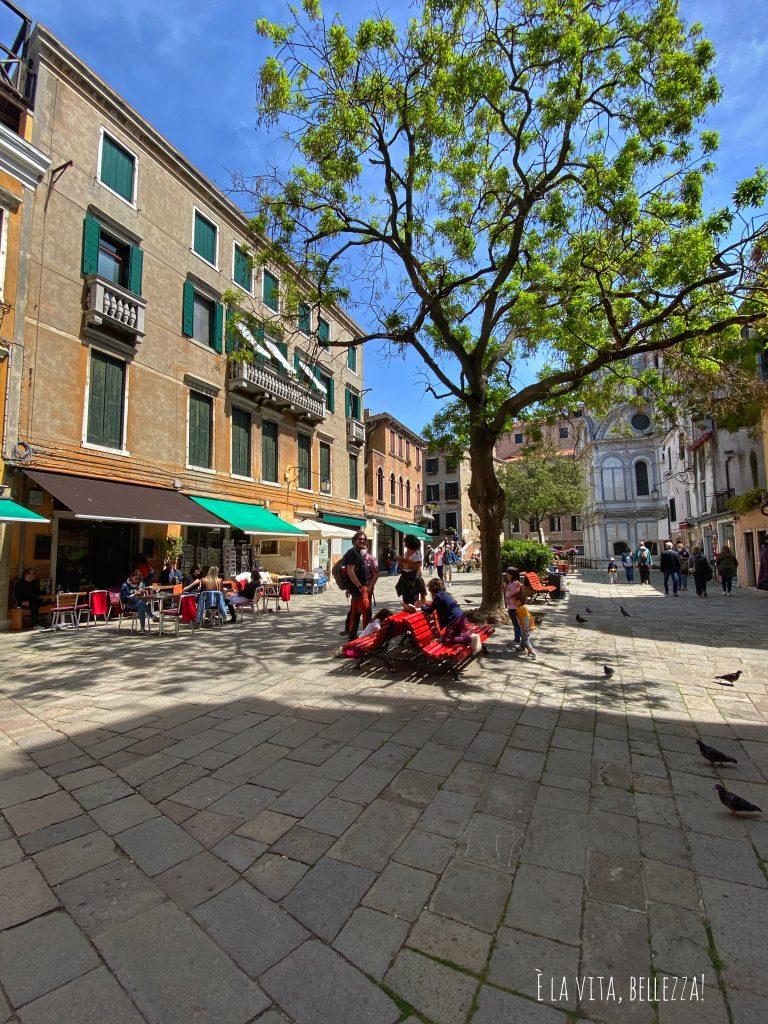 Venezia, campiello Santa Maria Nova